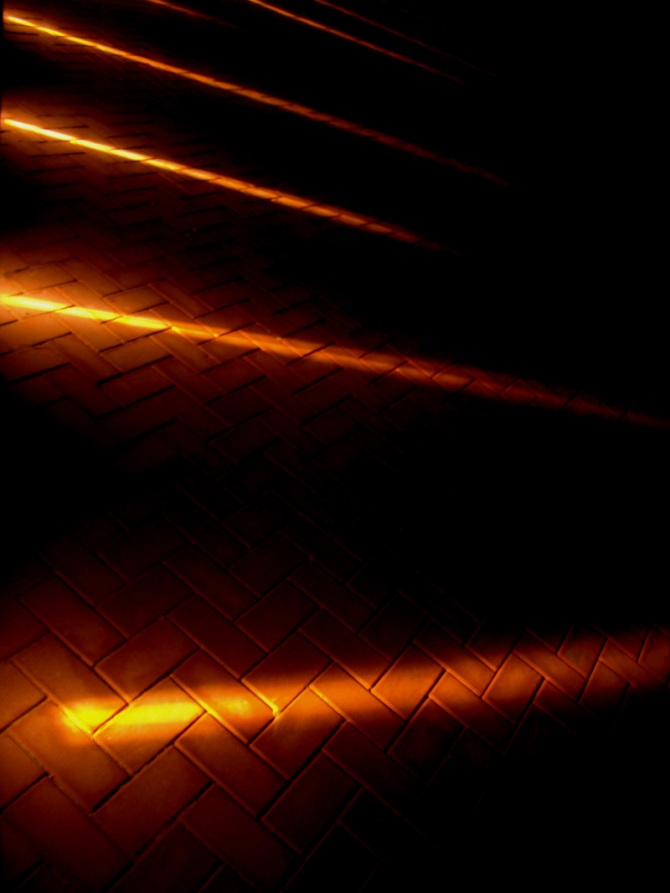 corniche-crafty-indirect-lighting-abu-dhabi