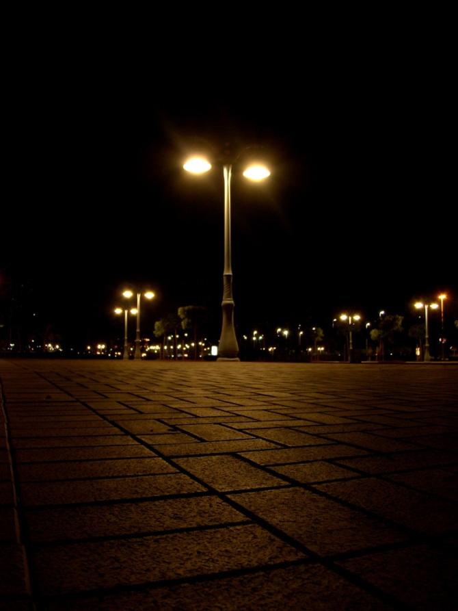 corniche-lanterns-abu-dhabi