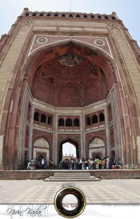 Fatehpur-Sikri-entrance